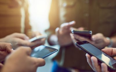 Třetí aukce mobilních tarifů sdružení Licit má opět stejný scénář: přilákala přes 80 000 potenciálních klientů, operátora však žádného